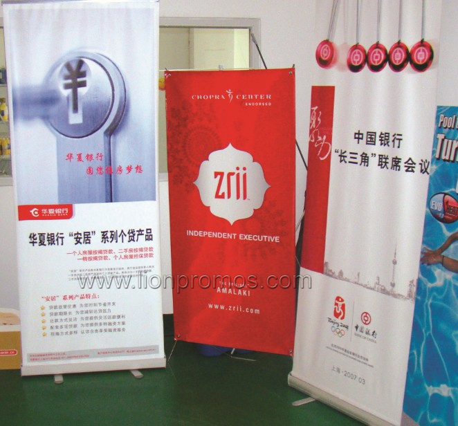 Advertising Rolling Up Stand Banner
