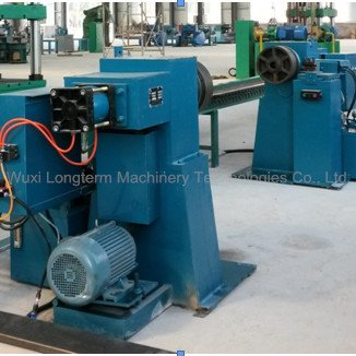 Automatic trimming machine for gas cylinder manufacturing