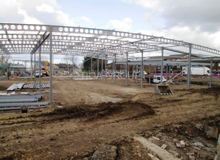 Light Steel Structure Workshop/Car Parking/Factory with Ce Certification