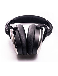 The high-end Headset 06