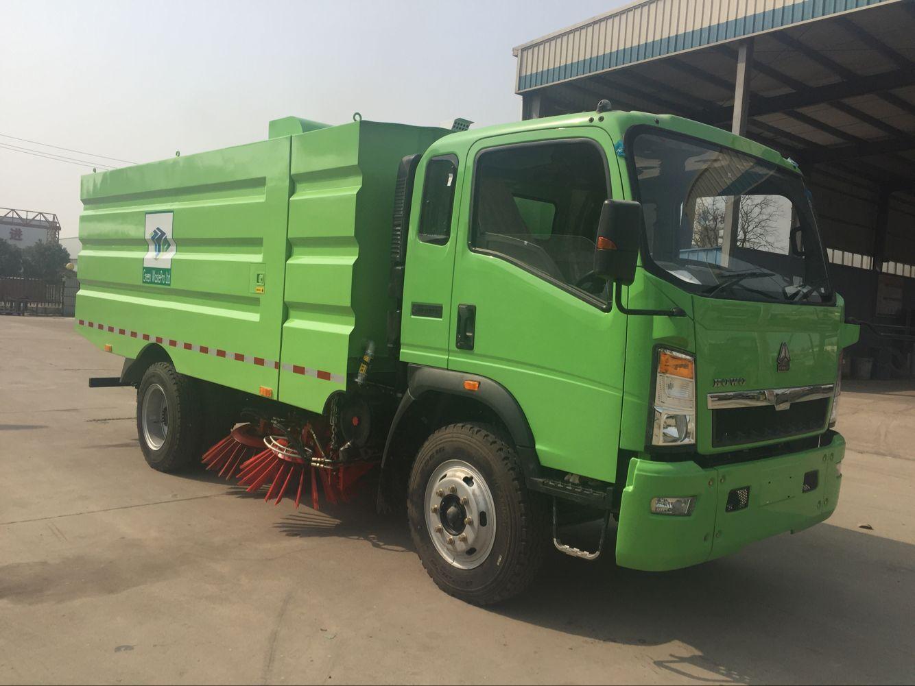 HOWO RHD / LHD Mobile Road Sweeper Truck , Truck Mounted