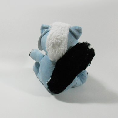 Mini Plush Skunk Shaped Sound Chew Squeaker Interactive Pet Toy