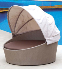 Outdoor Rattan/Wicker Round Daybed with Canopy for Pool (LN-021)