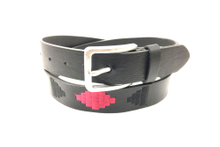 Black casual name brand belt with large leather AFL71065