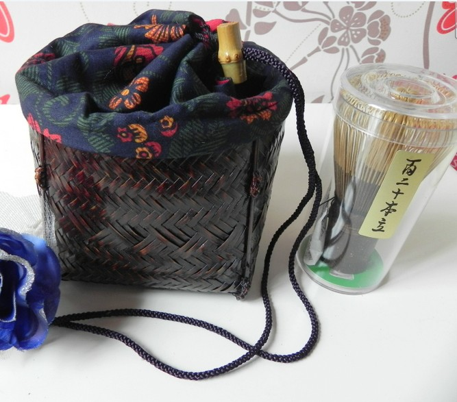 Bamboo Basket (Japanese-Style Travel Set)