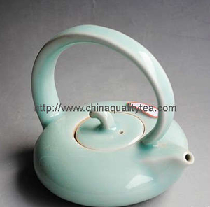 Celadon tea pot with handle