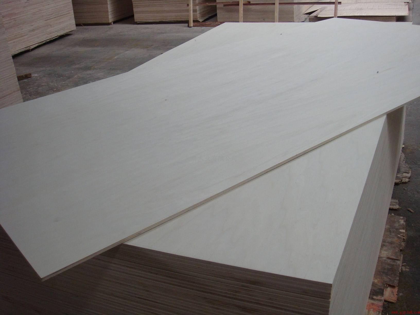 Commercial Plywood-Bintangor, Okoume, Hardwood, Pine, Birch