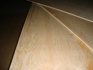 18mm Decorative Pine Plywood with Combined Core E1 Glue