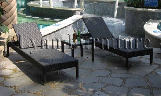 Sun Lounger with Table (L054)