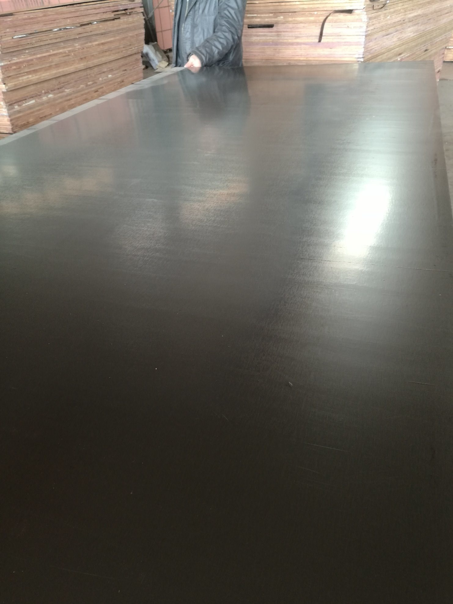 F17 Black Film Faced Plywood Poplar Core Phenollic Glue