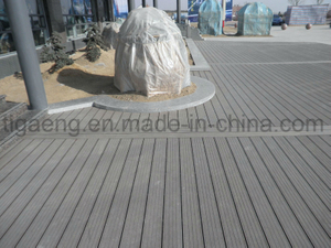Fast Installation Maintenance Free WPC Outdoor Deck Flooring