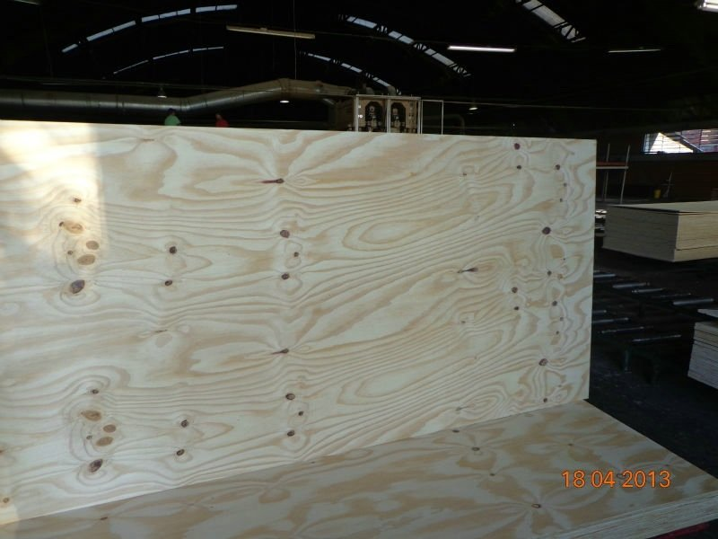 12mm Pine Plywood with C/D Grade Poplar Core for Furniture