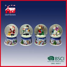 Different Figures Santa Penguin Deer Snowman Inside 100mm Diameter Transparent Water Globe Christmas Decoration