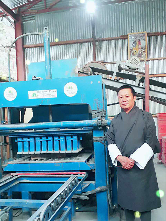 ZCJK Bhutan agent contact to check machine (3)