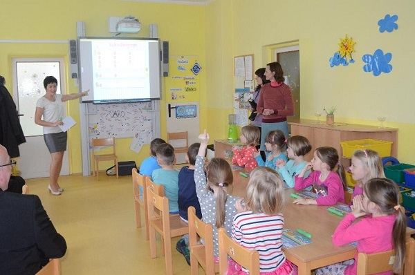 StudyFun and Tatung company officially introduce StudyFun interactive teaching system in the Czech Republic