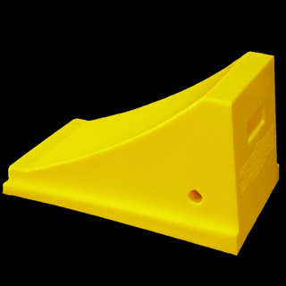 NWH-WCK08 Industrial Heavy Duty Wheel Chock with Race Ramps