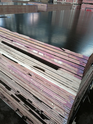 First Grade Film Faced Plywood From Huabao for Shuttering/Concrete