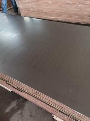 Hardwood Core Film Faced Plywood Brown Film to Dubai Markets