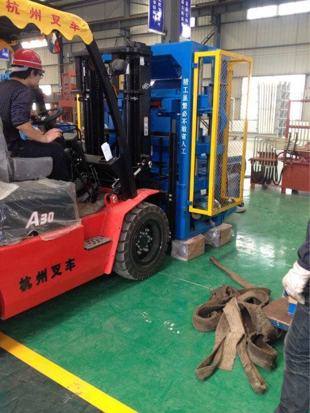 ZCJK QTJ4-35 Brick Machine2