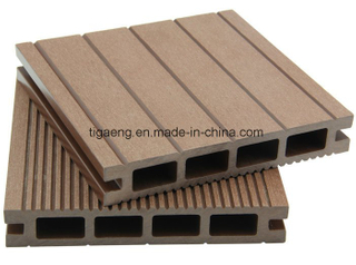 Solid Waterproof Grooving Hollow Wood Texture WPC Decking Flooring