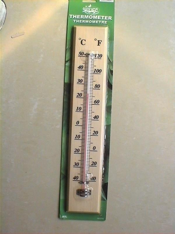 A004 Wooden Thermometer