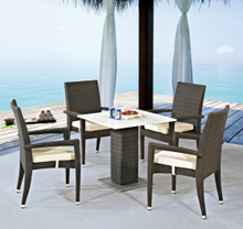 Outdoor Furniture Rattan/Wick Chair and Table Ln1012