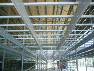 Prefabricated Large Steel Structure Football Court/Gymnasium for Capetown