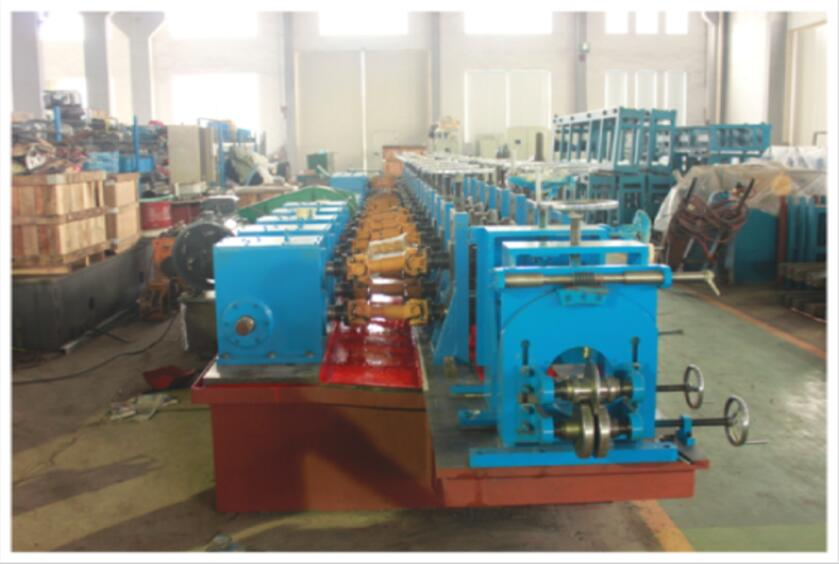 hollow elevator guide forming line.jpg