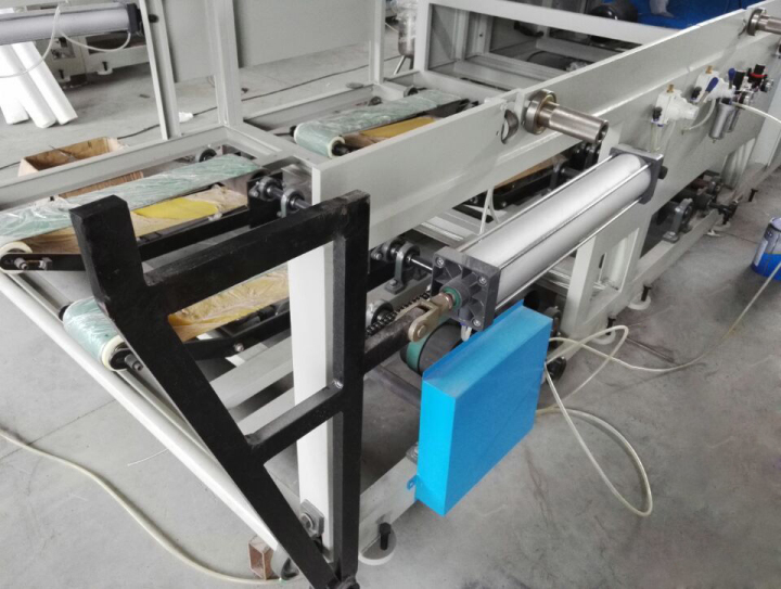 pneumatic lifting unit and jumbo roll stand of tissue paper machine