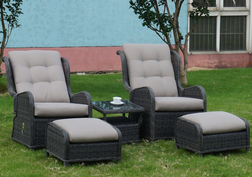 Comfy Luxury Outdoor Garden Sofa Lounge