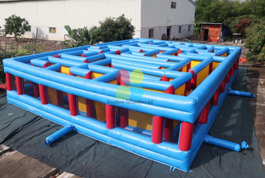 inflatable maze (2)