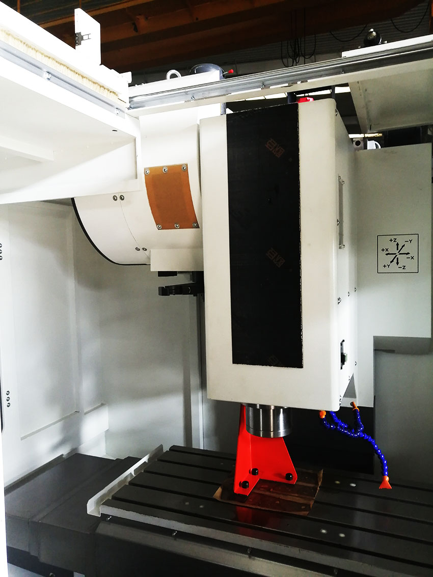 VDL600A Dalian DMTG VMC CNC Vertical Machining Center