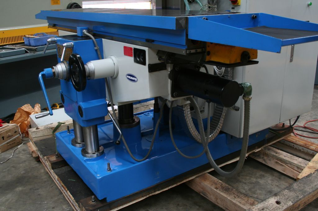 MHD2000. Universal Mill . ISO 50, 2000mm x 500mm Table, 3 Axis Servo Drive & Feeds,