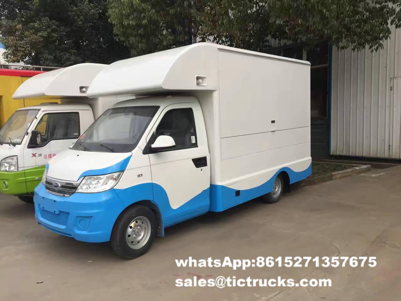 food van -007-food-cooking-Vehicle.jpg