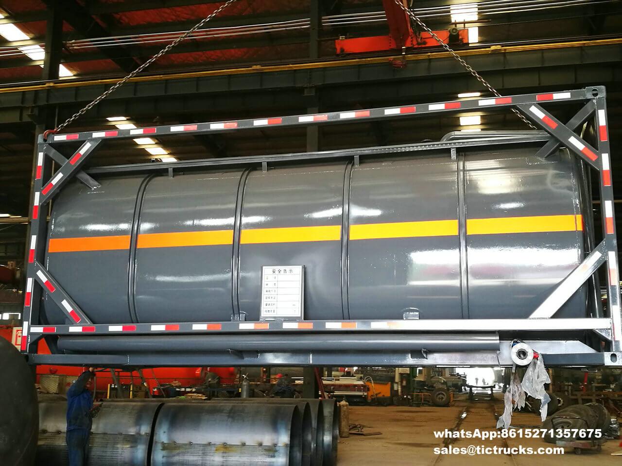 Réservoir -012-container-iso.jpg d'acide chlorhydrique