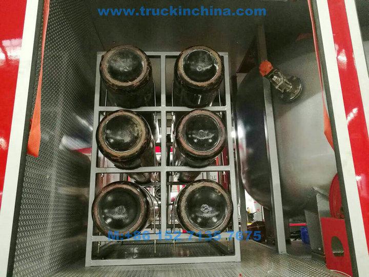 ISUZU-Fire-truck-019_1