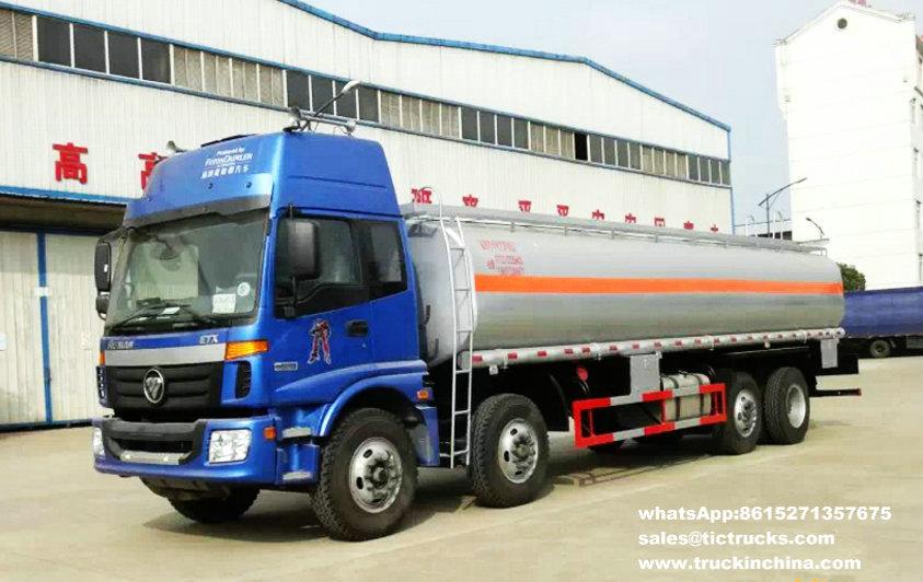 Véhicules de distribution diesel de Foton 8x4Foton 30000L