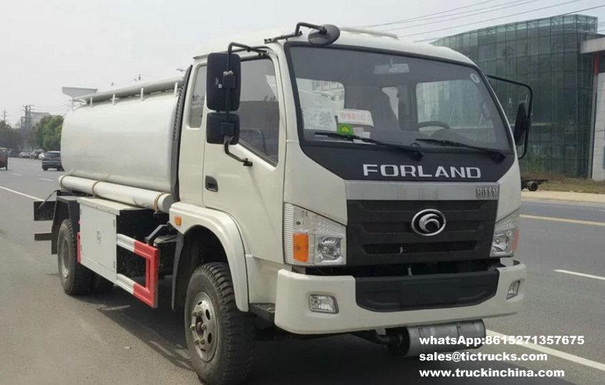 Camion-citerne aspirateur diesel de Forland 4x2