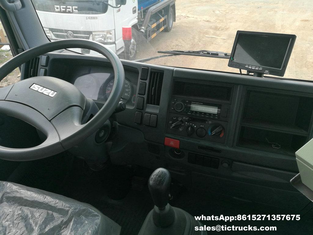 Camion -19.jpg de balayeuse de vide d'ISUZU