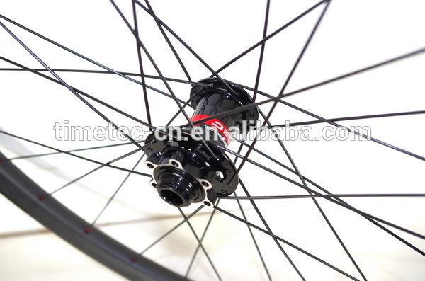 29er T700 carbon 33mm lightweight tubeless MTB wheels