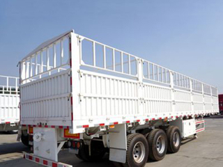 China Popular Sale 3 Axle High Drop Side Cattle Gated Stake Fence Truck Semi Trailer