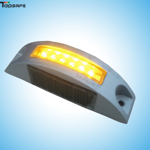 Solar LED road stud for track/car