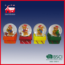 Cute Bear Glass Snow Globe on Christmas Gift Box for Xmas Decoration