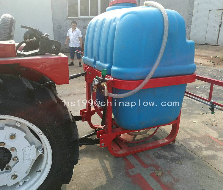 Agricultural equipment boom sprayer for tractor