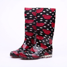 Fashion rose shiny women rain boots