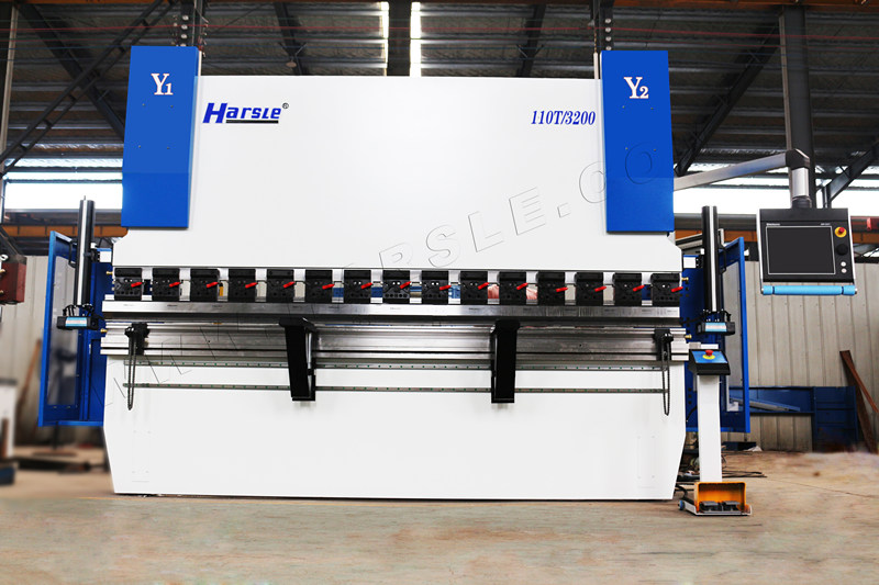 HARSLE WE67K-GENIUS-110T3200 CNC Press brake machine installed in USA