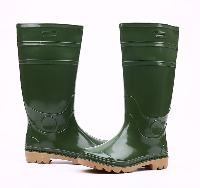 Non safety green shiny pvc boots