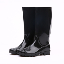 black shiny pvc rain boots for women
