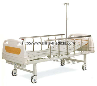 Two crank manual hospital bed