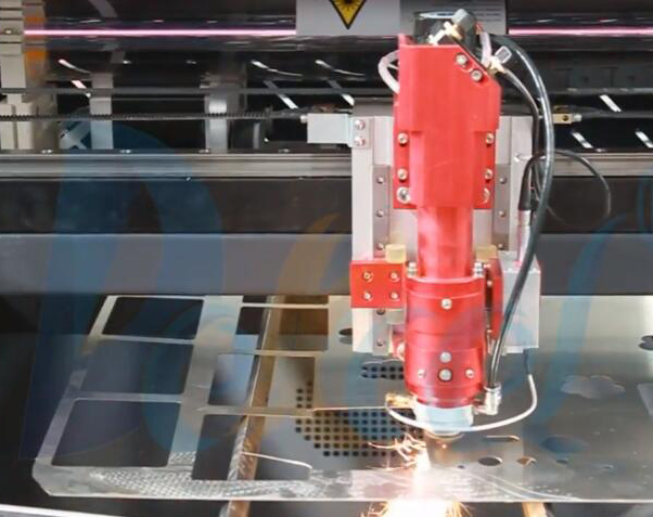 co2 metal laser cutting machine for stainless steel .jpg